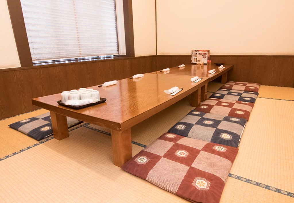 8名個室座敷席